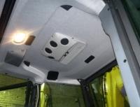 Diavia Portofino. На потолке воздухораспределительная панель с органом управления.